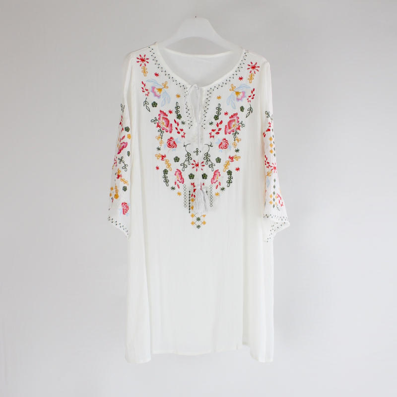 embroidery loose dress