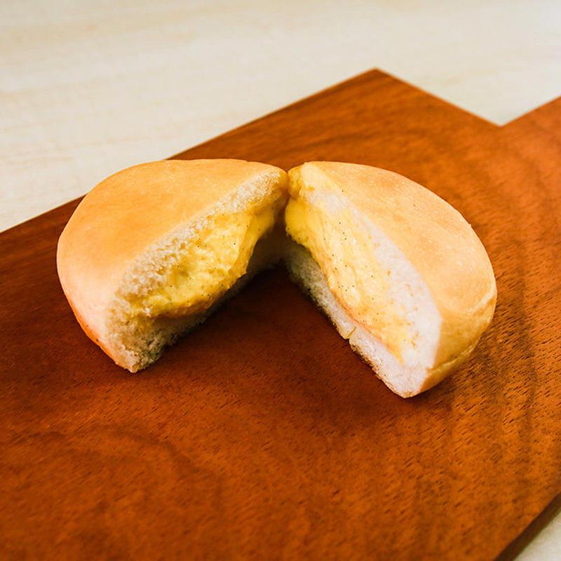 ごちそうクリームパン 4個セット【葵の風呂敷箱入り】