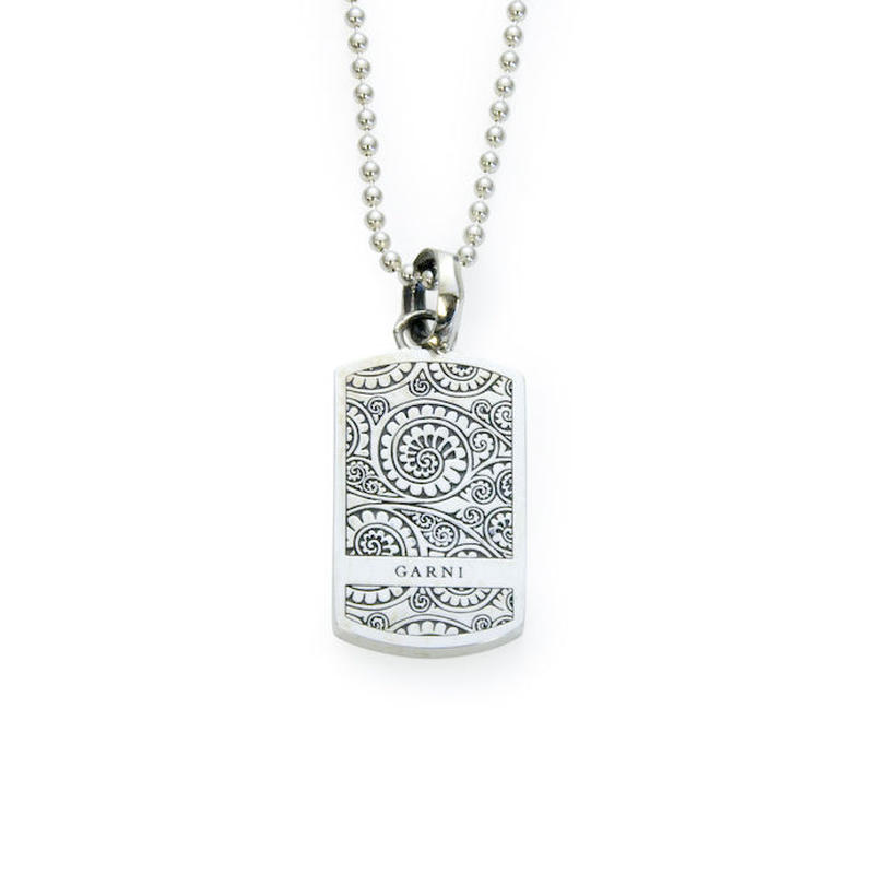 Vine Dog Tag Pendant - S