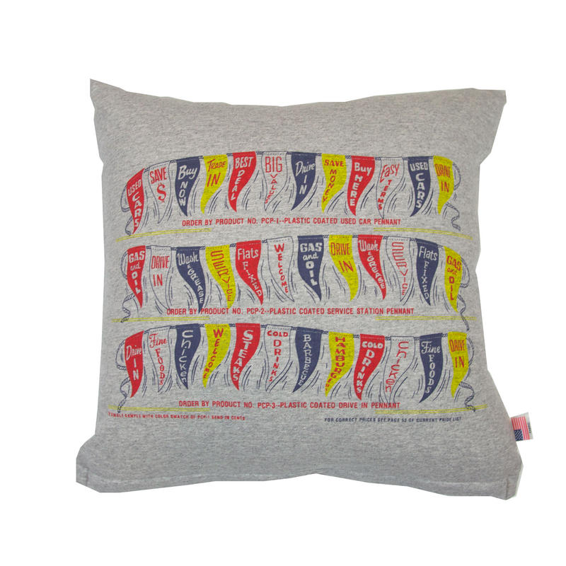 GRAPHIC CUSHION -FLAGS-