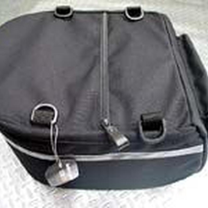 遊輪舎オリジナルモールトンツーリングリヤバッグ