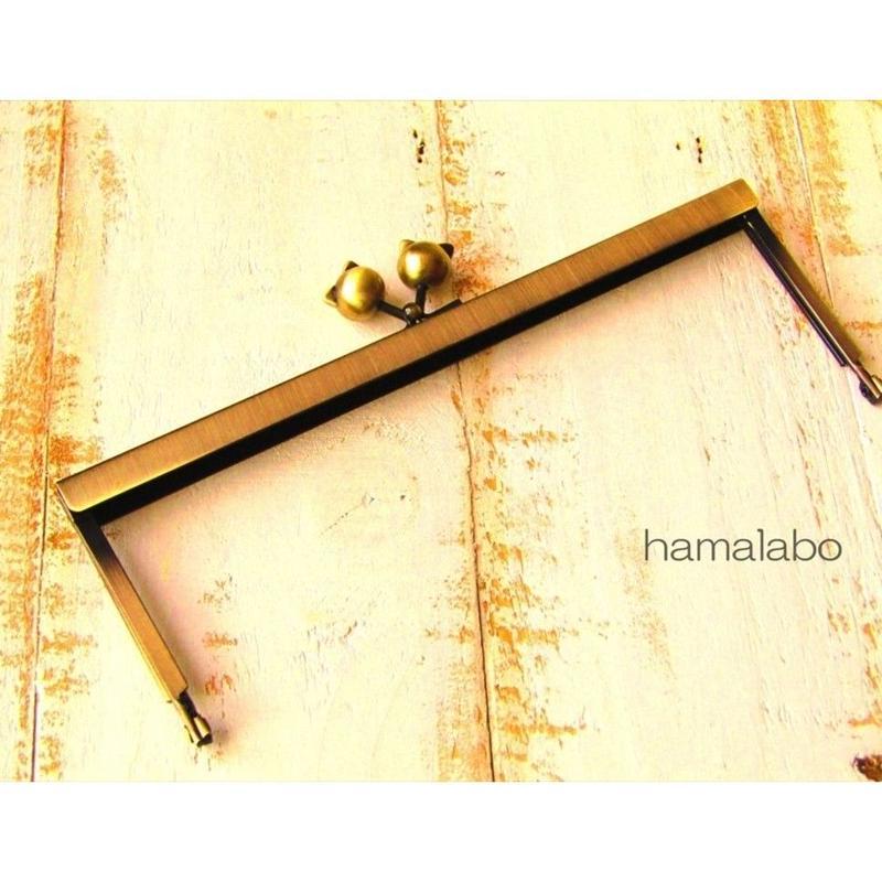 5月12日販売開始!【HA-1541】19cm浮き足口金/ネコ玉(アンティークゴールド)