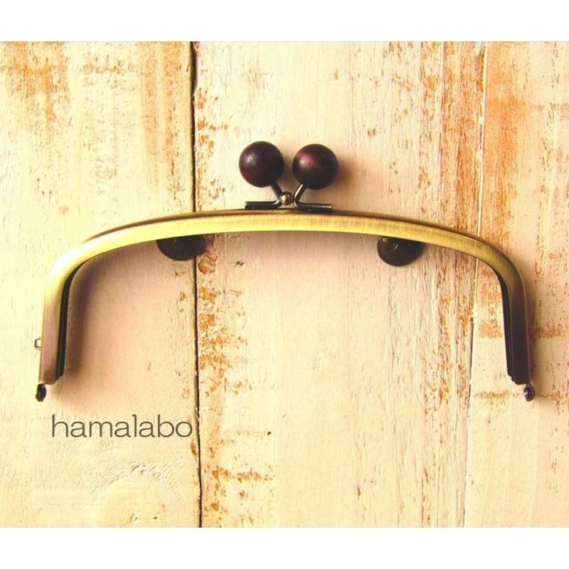 3月18日販売開始!【HA-1557】17cm/くし型の口金/(茶色の木玉×アンティークゴールド)