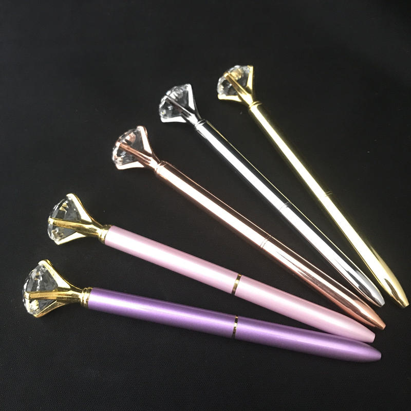 ダイヤモンドモチーフボールペン