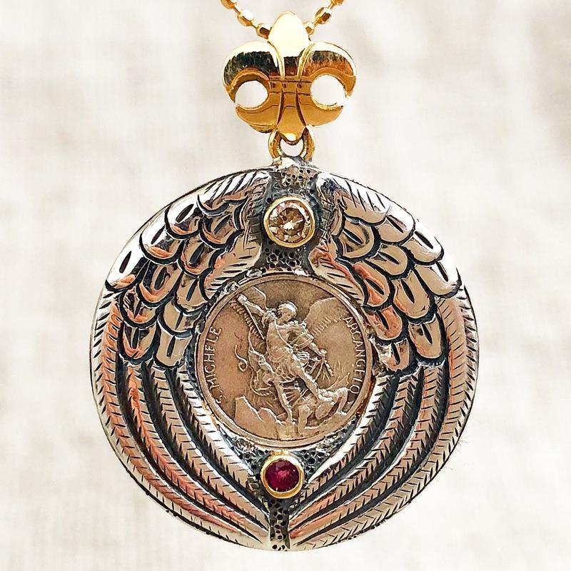 Michaelシルバーメダル&ダイヤモンド&ルビー シルバー&18Kゴールドペンダントトップ PROTECTION (S)(RMD1025)