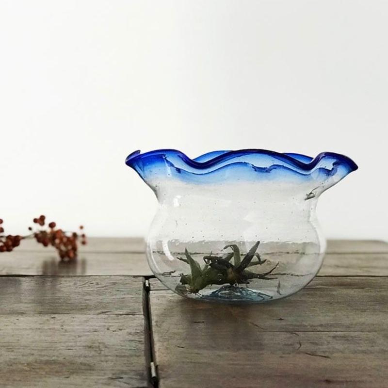 no250  ガラスの金魚鉢