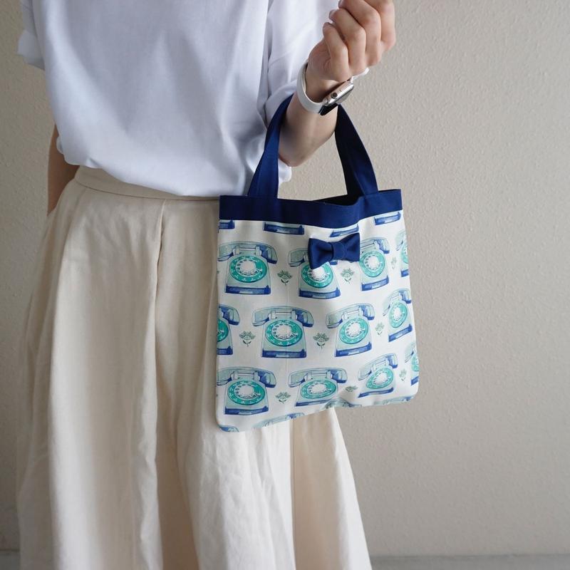 【オンライン限定】small tote telephone blue
