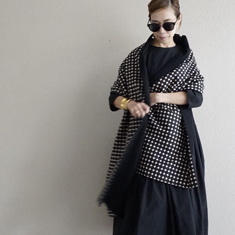 【online store 限定】big stole  beaver black dots black