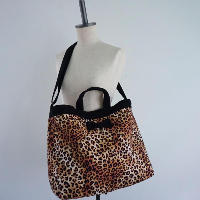 【春夏新作】adjust strap tote intoxic. original textile leopard