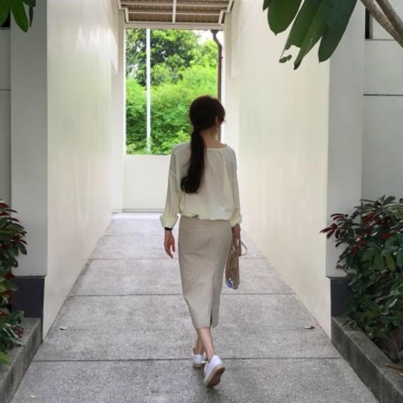 7月下旬発送予定Linnen skirt