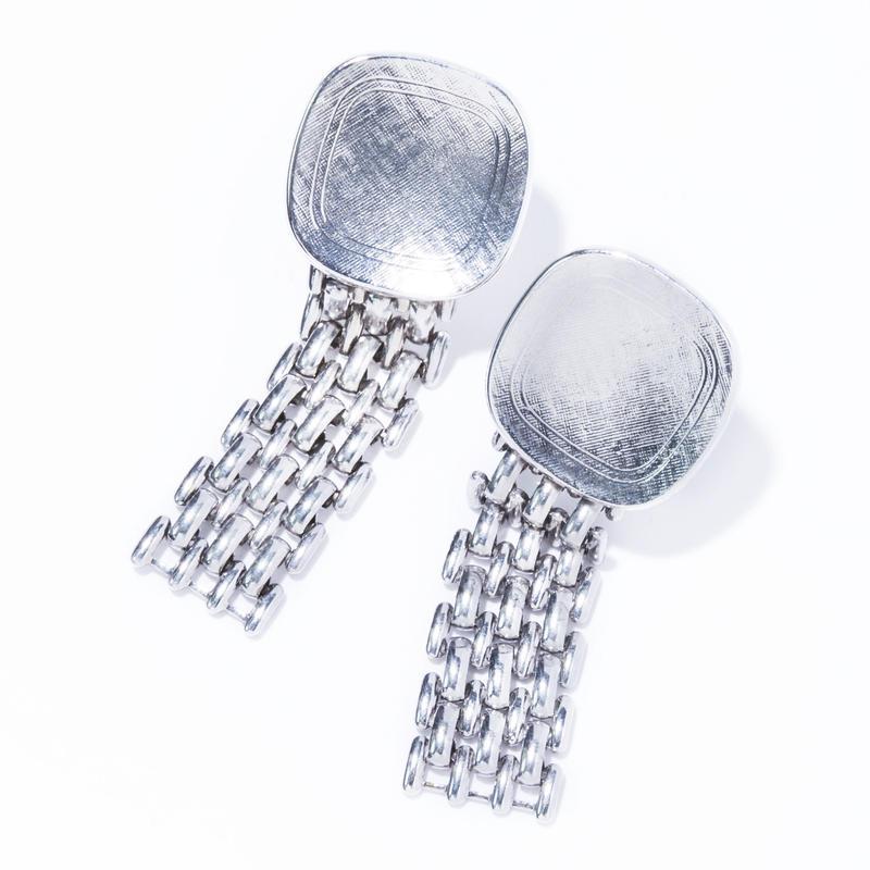 bitter earring  / silver,gold