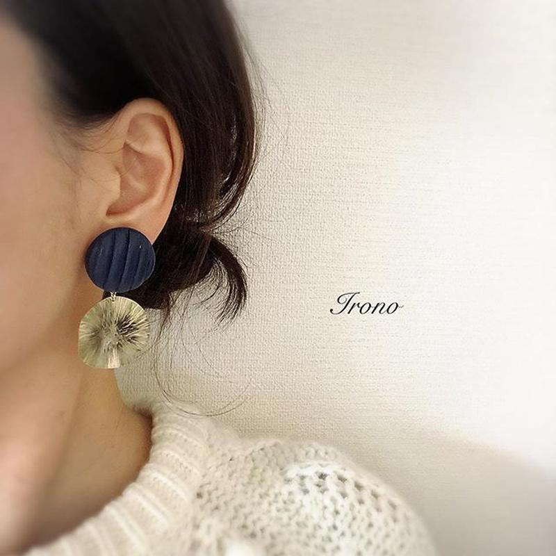 sun brass × vintage blue  ピアス / イヤリング