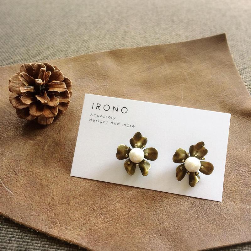 Flower cotton pearl  / ピアス / イヤリング