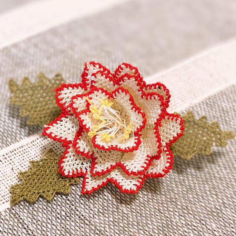イーネオヤブローチ125  薔薇