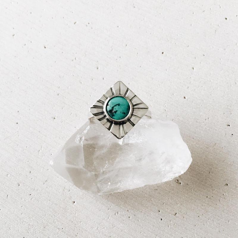チベタンターコイズのダイヤモンドリング