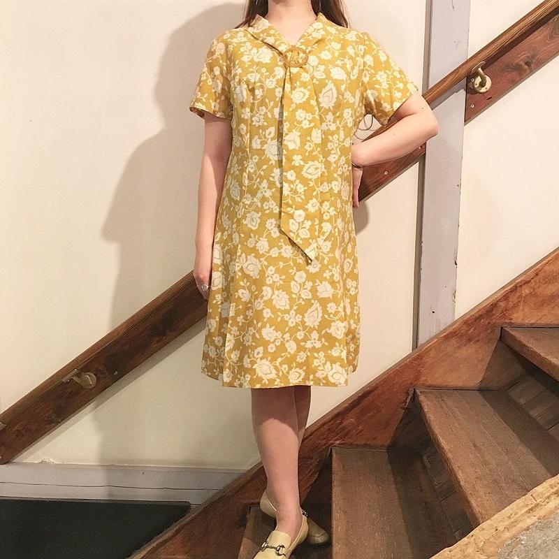 1950's〜  イエロー ボタニカル柄ワンピース