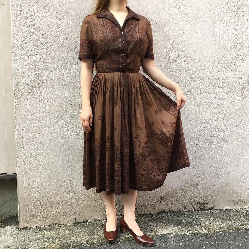 1950's〜60's ブラウン オリエンタル柄 半袖ワンピース