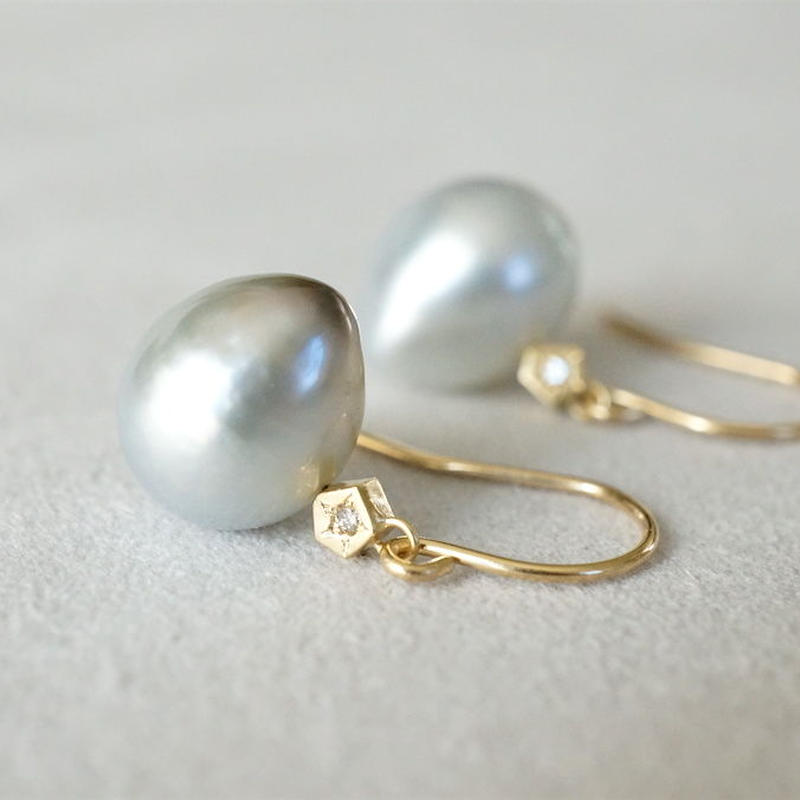 Tahitian pearl earrings / Polygin / Dia / Hook