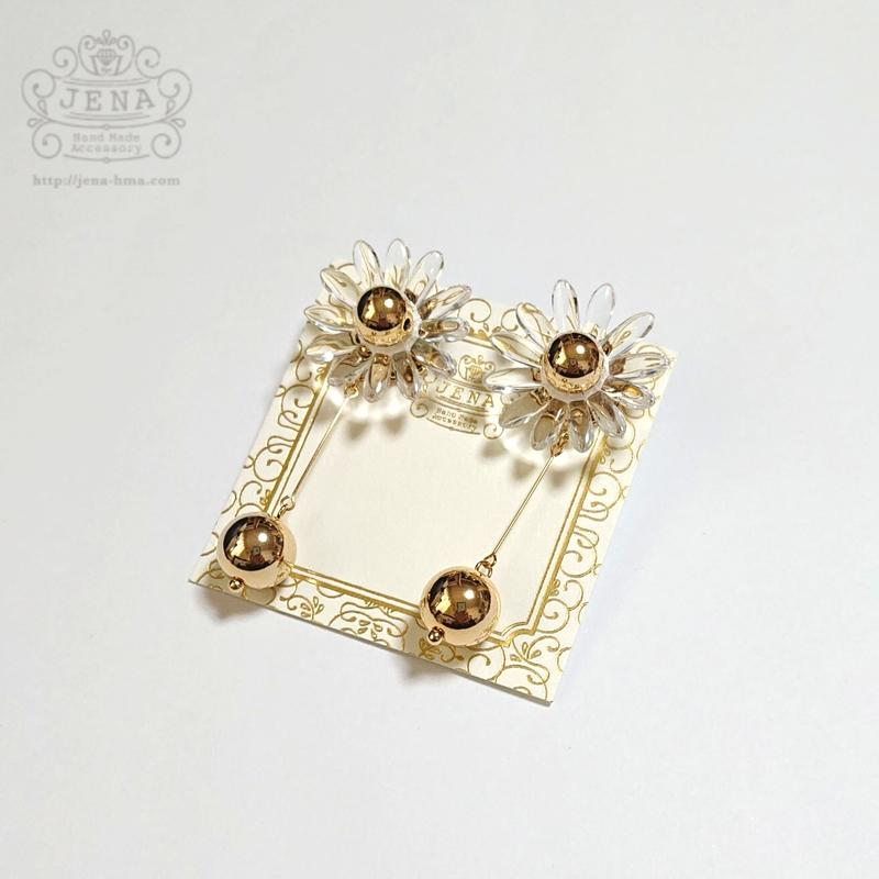 Margaret Flower 【clear × gold】イヤリング/ピアス