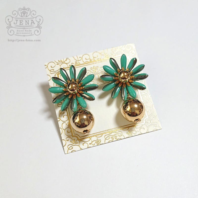 Margaret Flower 【metallic green】イヤリング/ピアス