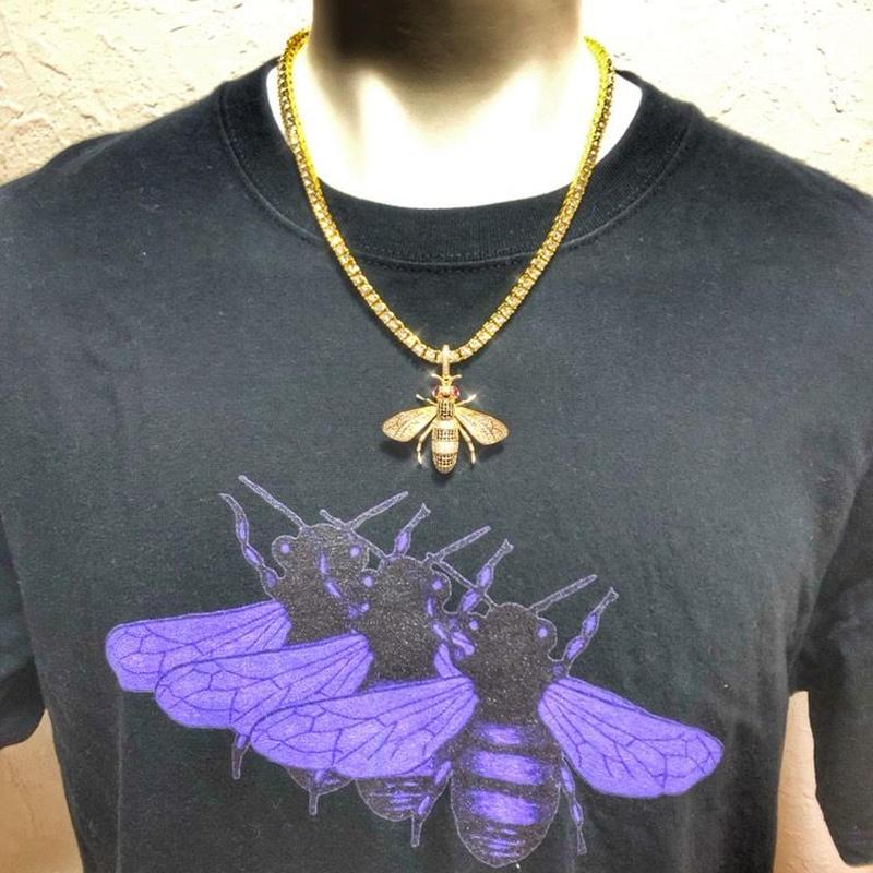 海外直輸入☆日本未発売☆bee necklace