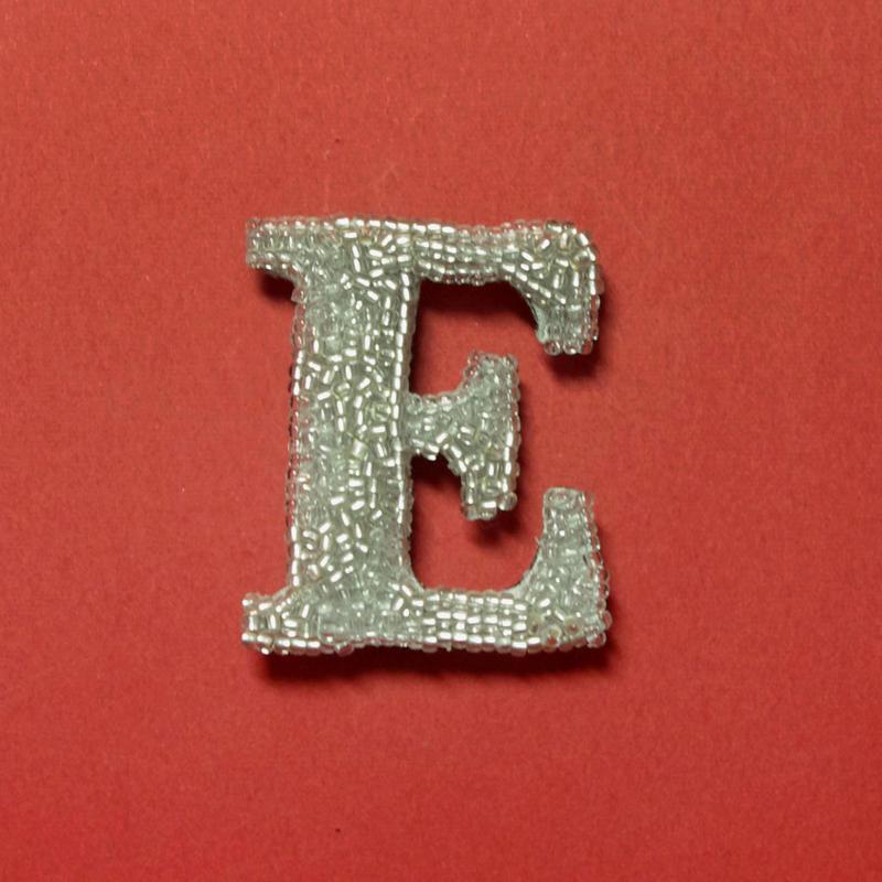 アルファベット(E・R・W・H)