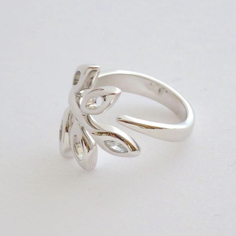 Ring Soleá 18KWG 01