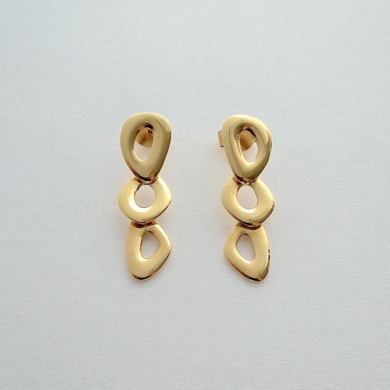 Earrings Ovalo 18KYG 01