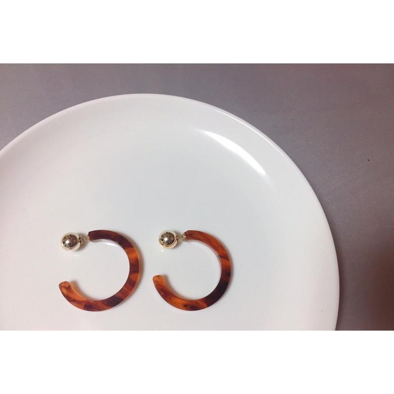 pi-34 acrylic hoop pierce<marble,べっ甲>