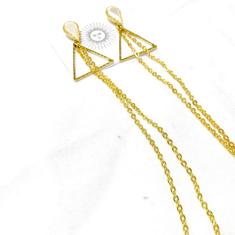goldchain×triangle pierce