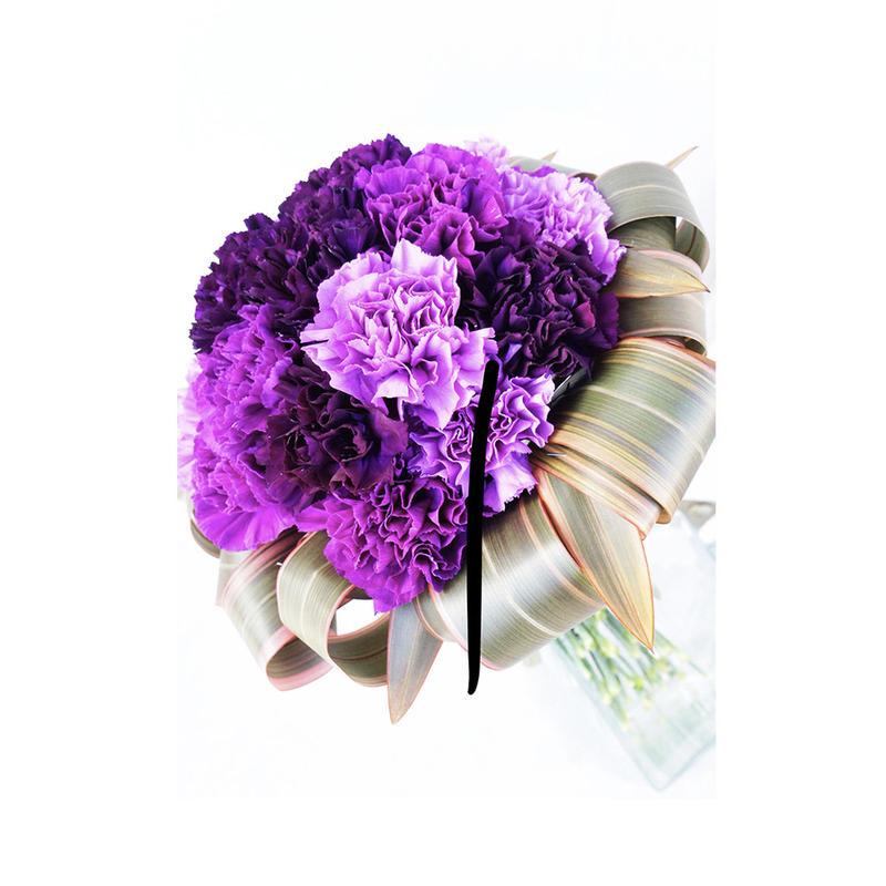カーネーション (ムーンダスト) の花束