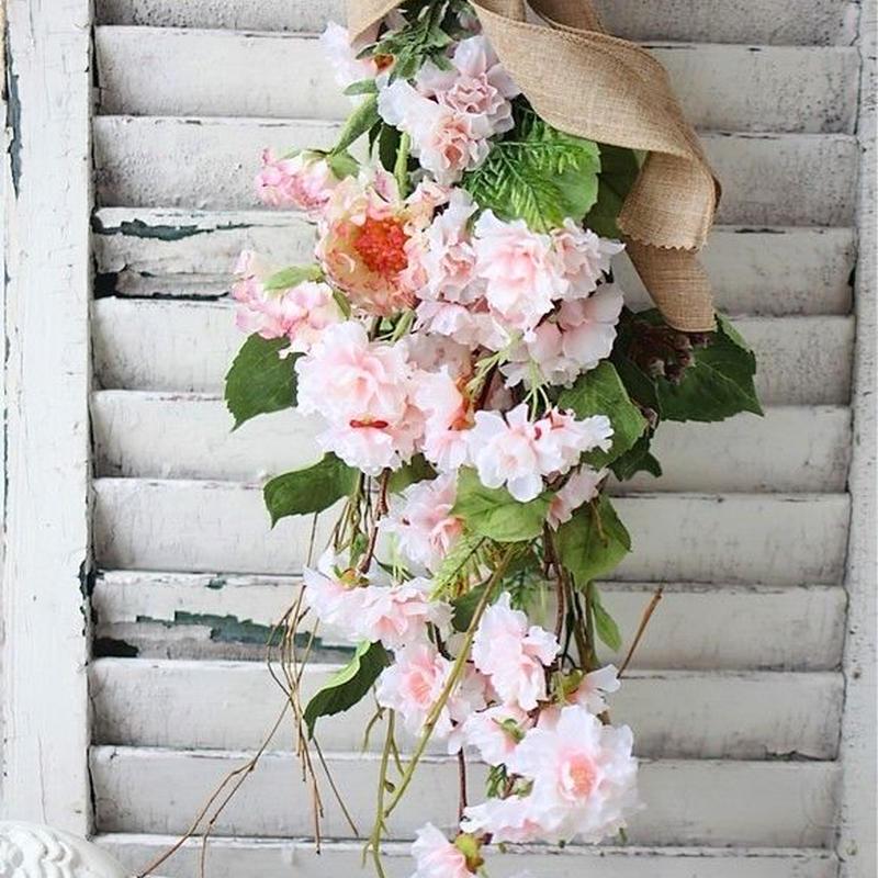 春を感じる桜スワッグ