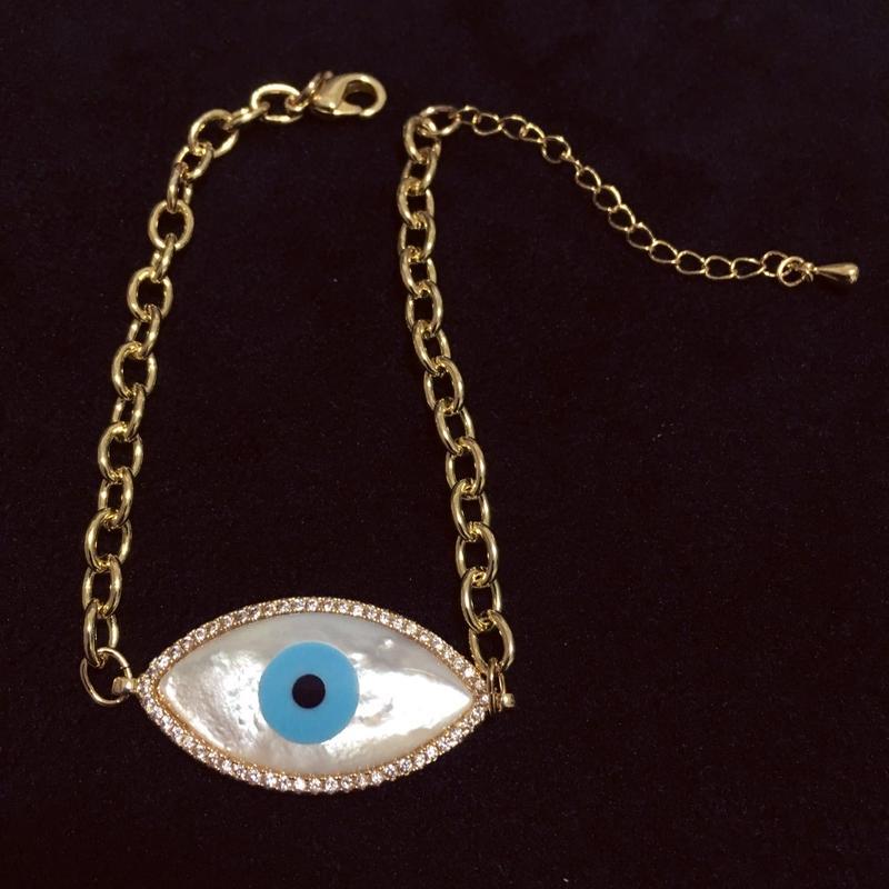 Big eye ゴールドチェーンブレスレット