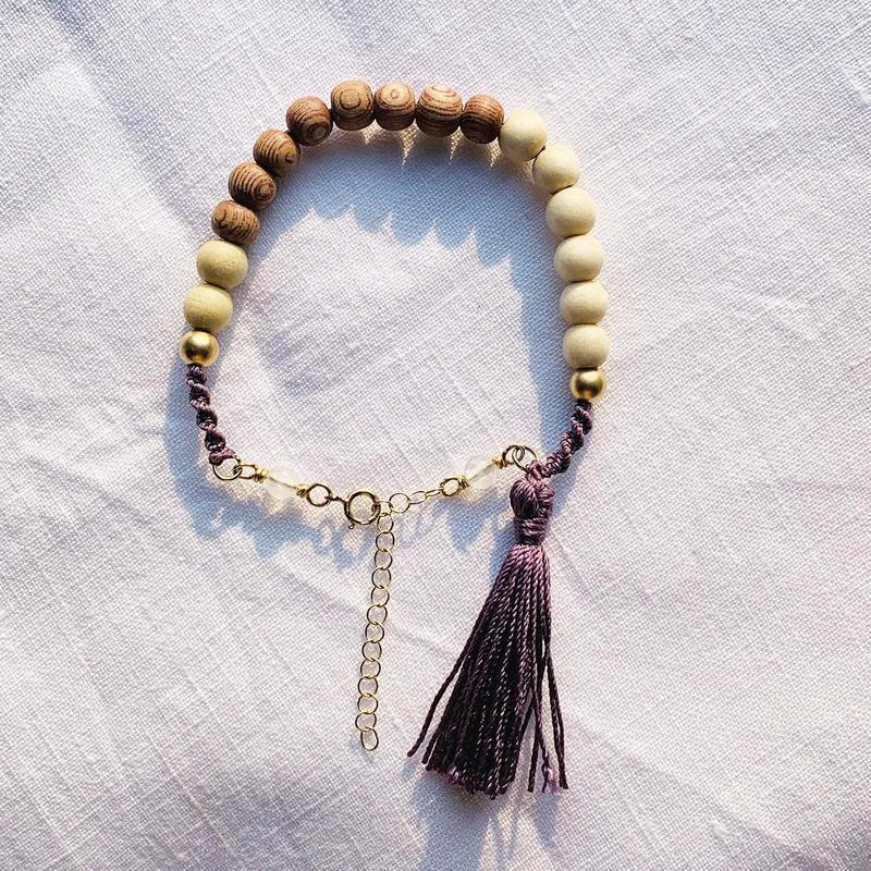 natural brown  × white   woodbeads bracelet
