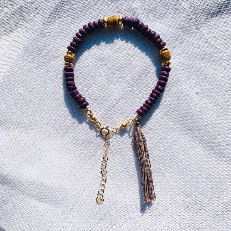 purple woodbeads bracelet
