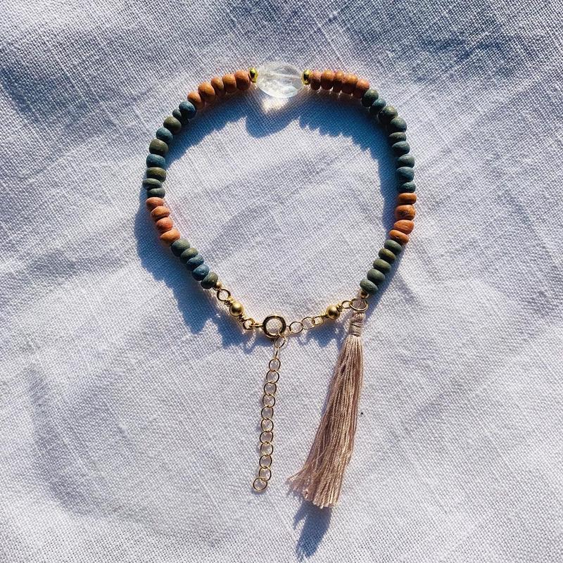 rainbow  woodbeads bracelet -- crystal --
