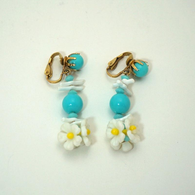 〈Costume jewelry〉60-80s  Clip-on Earrings  Flower《送料無料》