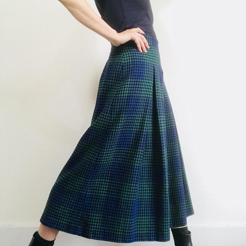 1980s  Long Skirt