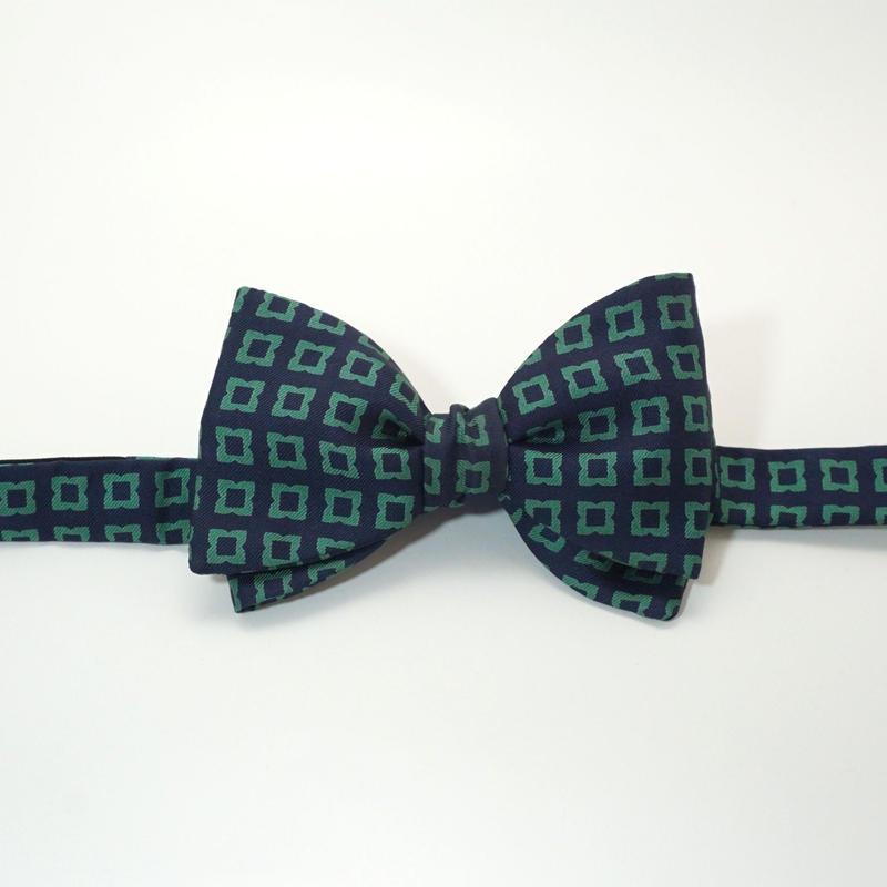 《送料無料》Vintage Flower Navy Green Bow tie Silk  (no.311)