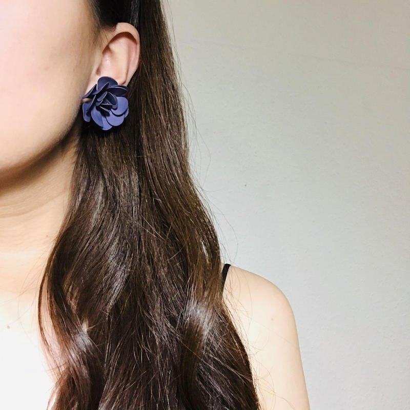 Maybe 50s Flower Earings Navy《送料無料》 (no.192)