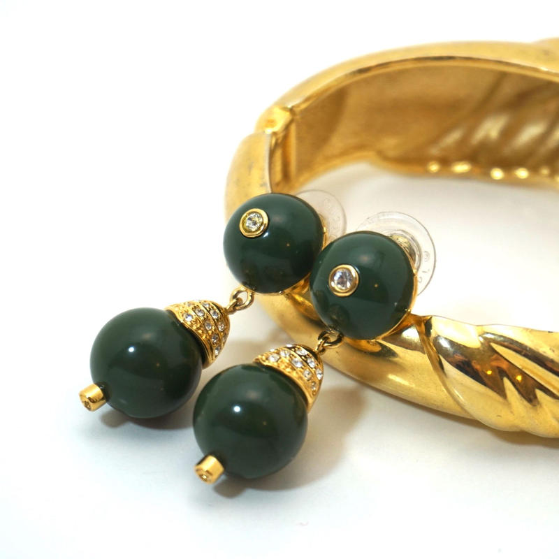 〈Costume jewelry〉60-80s  Clip-on Pierced Earrings  Green/ Gold《送料無料》