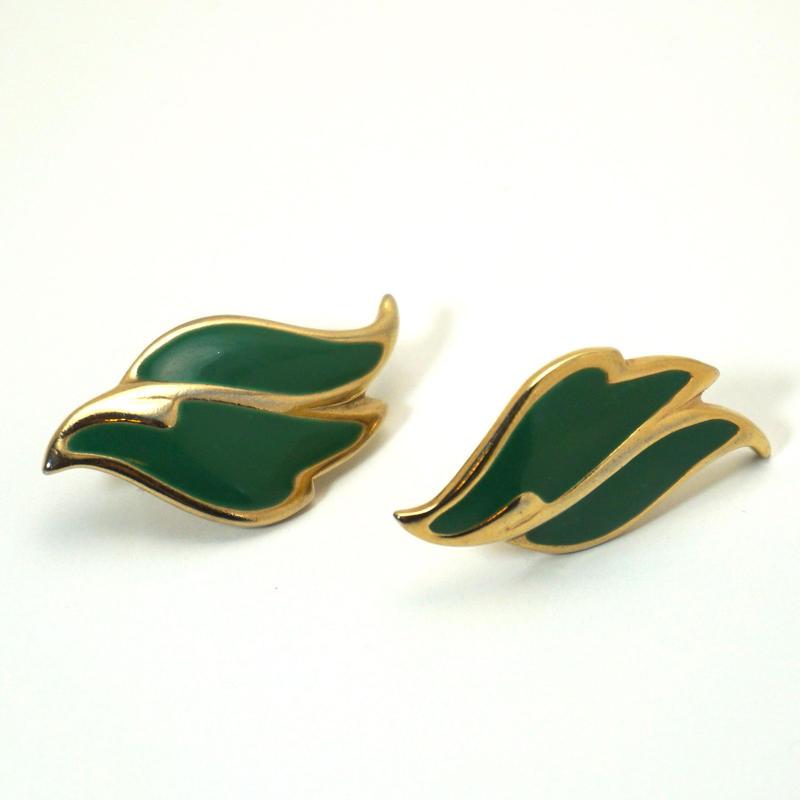 〈Costume jewelry〉60-80s  Clip-on Earrings  Green/ Gold《送料無料》