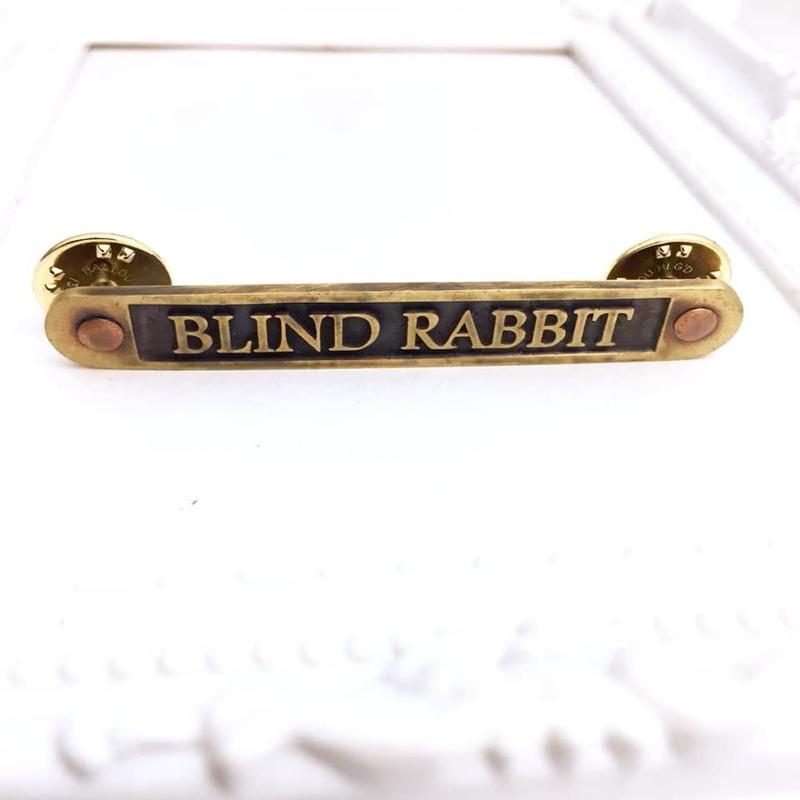 Nameplate PIN Lサイズ[BLINDRABBIT]