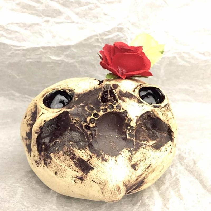 【完売しました】ハートスカル花器