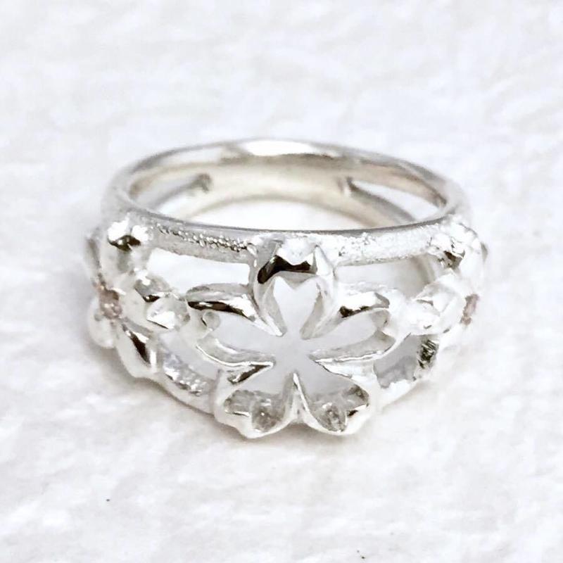花咲し指輪[銀燭]