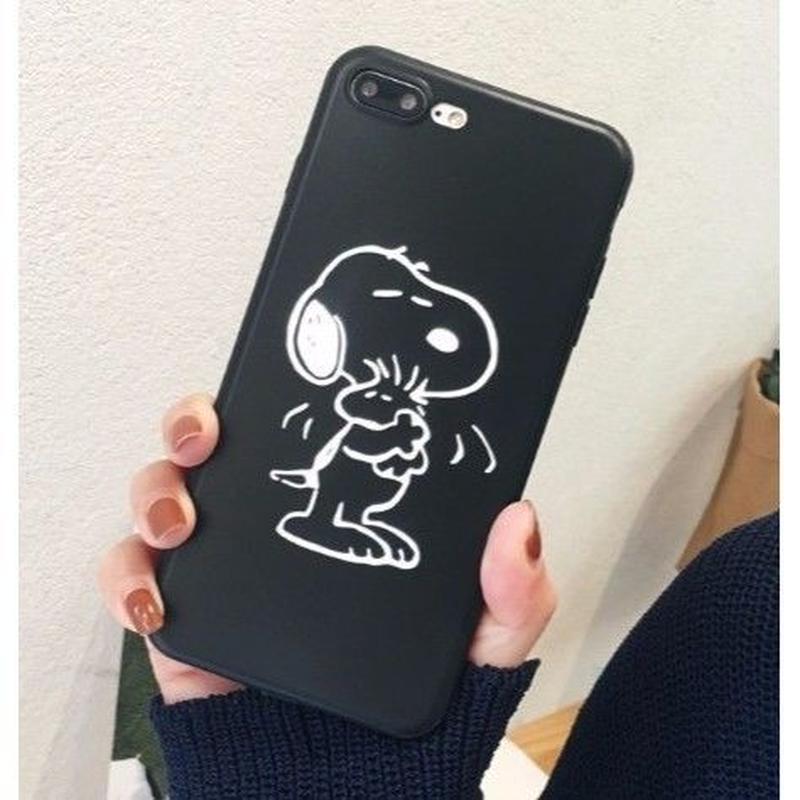 輸入雑貨 スヌーピー ケータイケース Snoopy ケータイカバー  iphone Xs ケース 最大種類 iphone 8 7 6 6 s-plus 1ブラックハグ