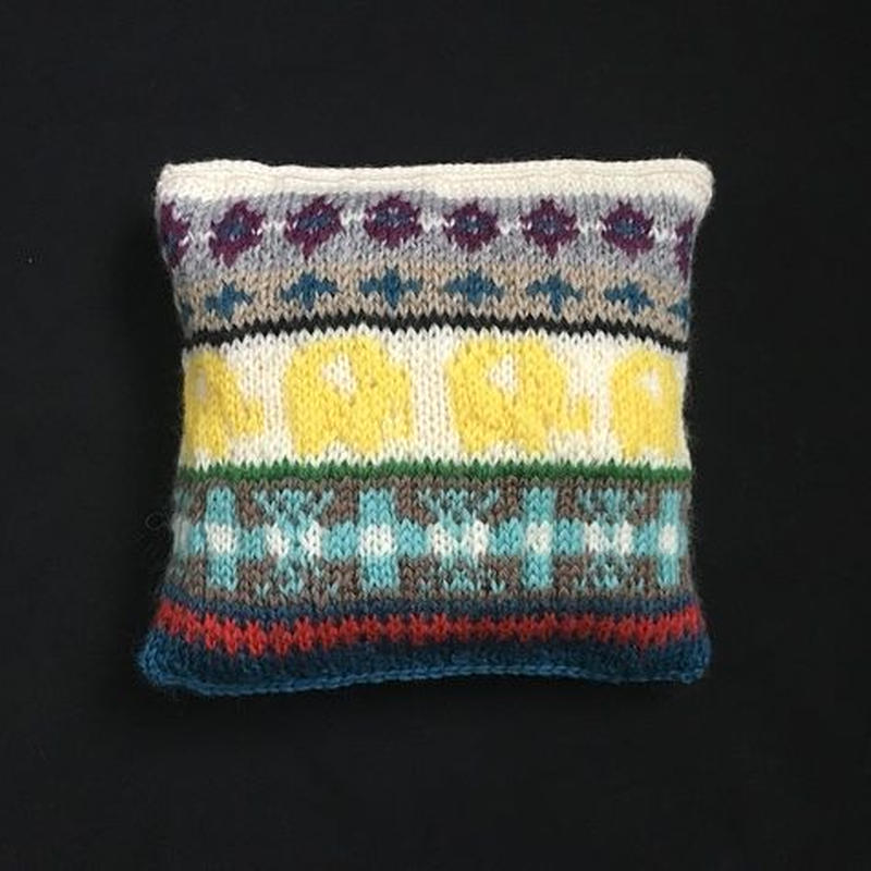 knit pouch/elephant