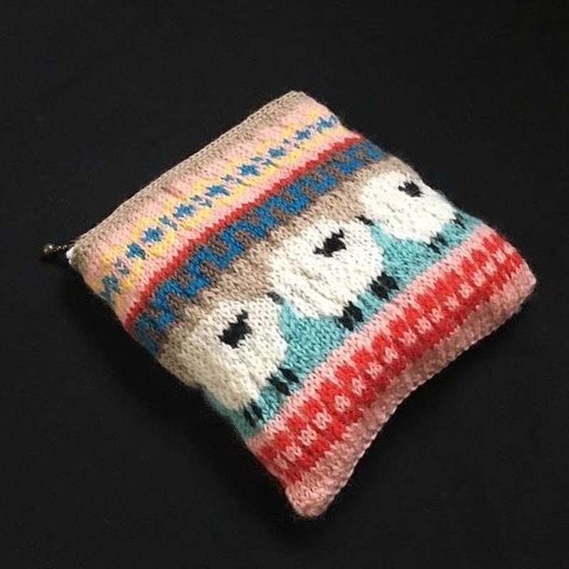 knit pouch/sheep