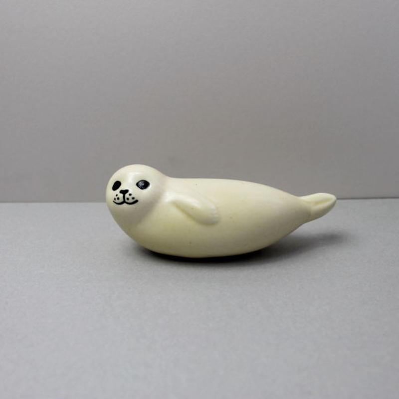 Seal(S)  /  アザラシ