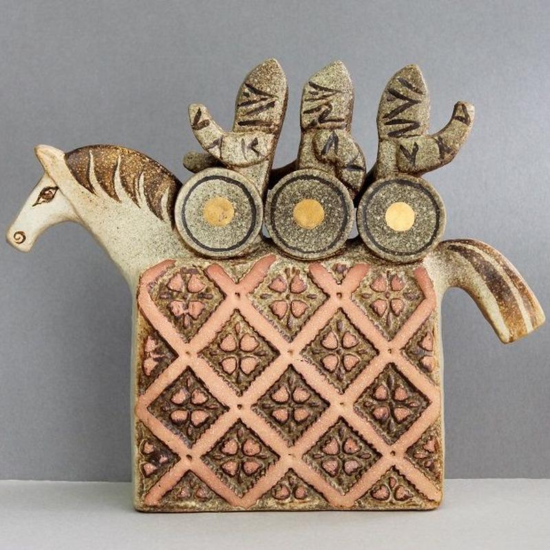Vikings with Horse / 馬と海賊